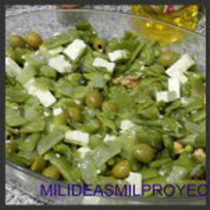 Ensalada de judías verdes con nueces y queso feta