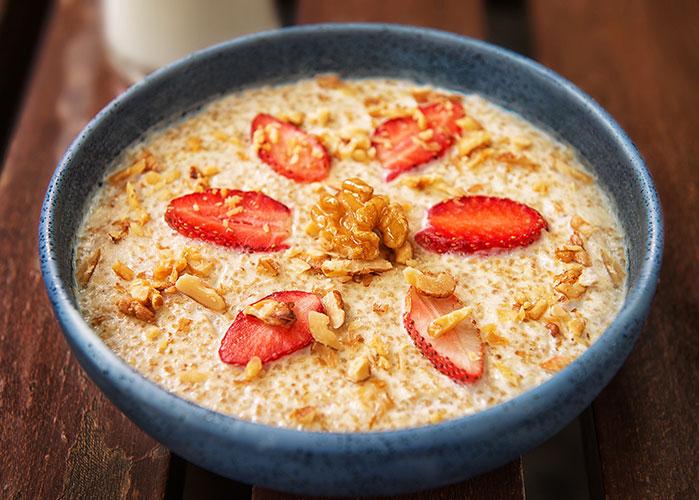 porridge-de-quinoa-nueces-y-leche-de-coco