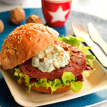 hamburguesa-de-remolacha-mijo-y-nueces