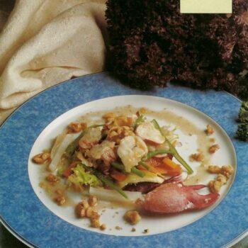 Ensalada de bogavante y verduritas con nuez y su aceite