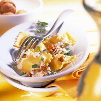 Ravioli en salsa de Nueces de California