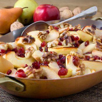 Manzanas y peras al horno con nueces