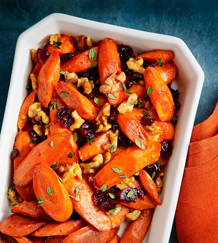 zanahorias glaseadas con granada y nueces