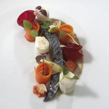 Parrillada de frutas y verduras con nueces