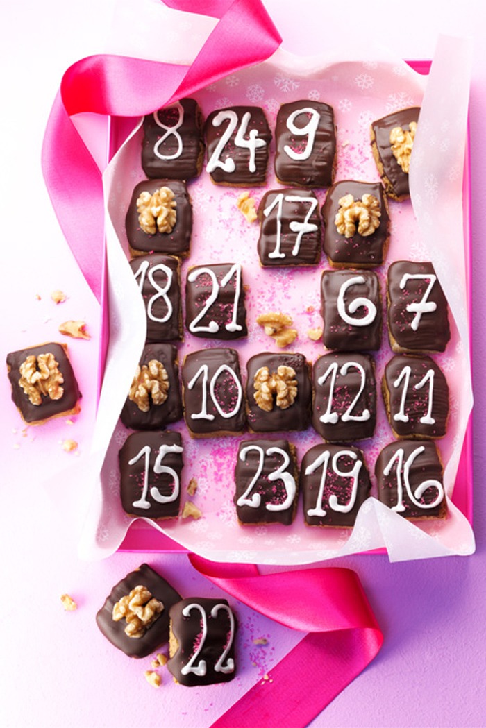 Calendario de adviento con chocolate y nueces