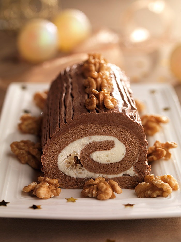 Tronco navideño con chocolate y nueces