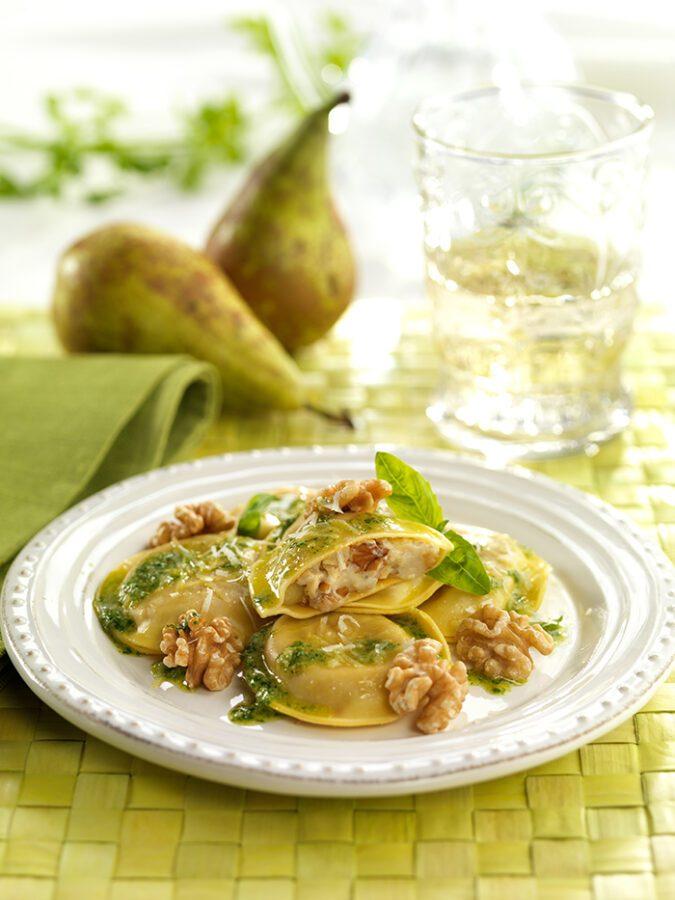 Ravioli de gorgonzola, pera y nueces