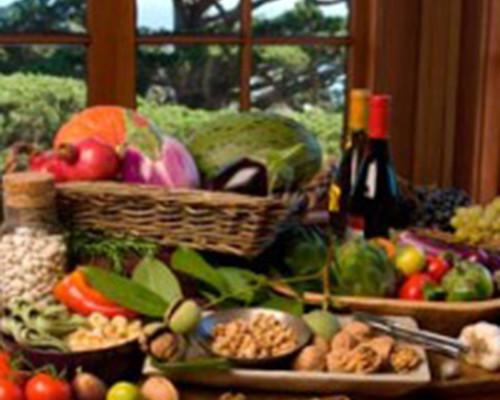 Una dieta mediterránea suplementada con frutos secos contrarresta el deterioro cognitivo asociado a la edad
