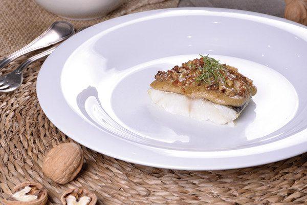Bacalao gratinado con alioli de nueces