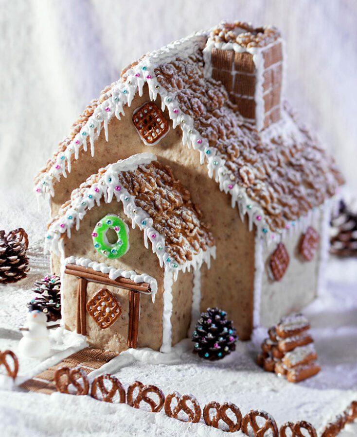 casa-navidena-de-mantecado-de-nueces