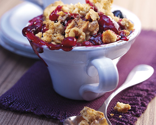 Crumble de nueces y frutos rojos
