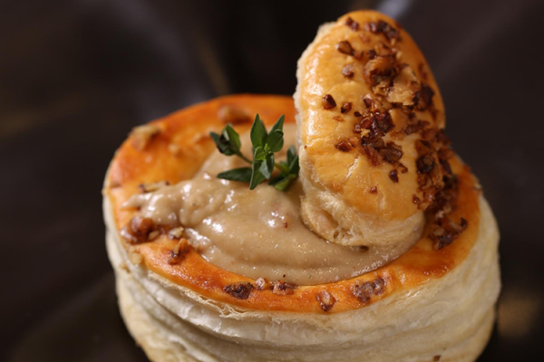 Vol au vents de Roquefort y nueces