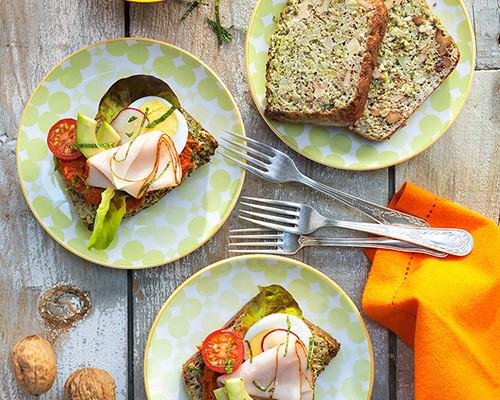 destacada-sandwich-de-pan-de-brocoli-y-nueces-muhammara-de-nuecesi