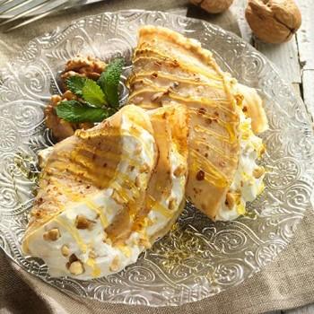 Crêpes con nata y nueces