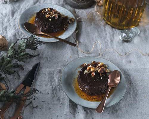 Pudin de chocolate y Bourbon con Caramelo de nueces salado