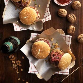 Hamburguesas de pulled pork y nueces