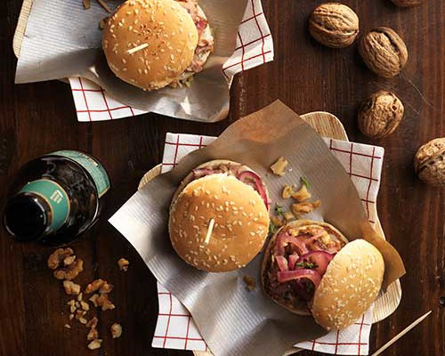 Hamburguesas de pulled pork y nueces